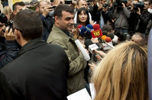 Athens, Greece. 29th October 2012 -- Greek Journalist Kostas Vaxevanis has his trial postponed. Stathis Kalligeris | Demotix