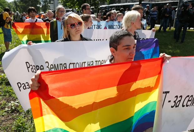 Despite intolerance and government suppression, LGBT supporters held the first gay pride march in the Ukraine. (Photos: Andrew Connelly for Index on Censorship)