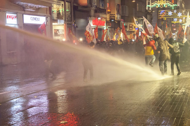 Police in Istanbul use water cannons on protesters against the amendments to internet law (Image: Bulent Selcuk/Demotix)