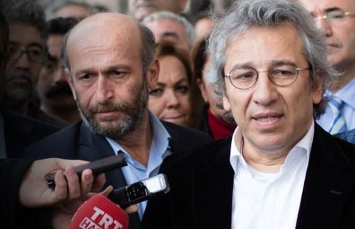 Journalists Erdem Gül and Can Dündar (Photo: Bianet)