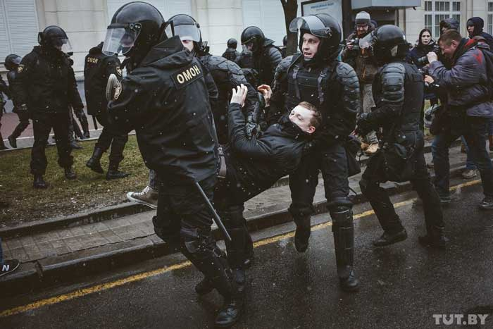 Belarusian police detain Belarus Free Theatre's Siarhai Kvachonok on Saturday March 25 2017 during protests against Presidential Decree No 3, which imposes a tax on unemployed people.