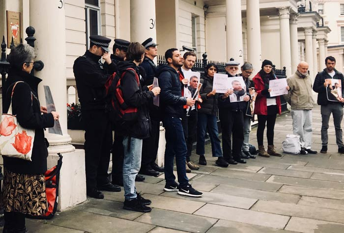 Protesters call for freedom for Nabeel Rajab outside the Bahraini embassy in London.
