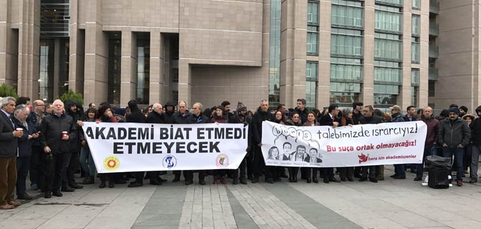 Supporters marked the trials of academics in December. (Photo: Academics for Peace)
